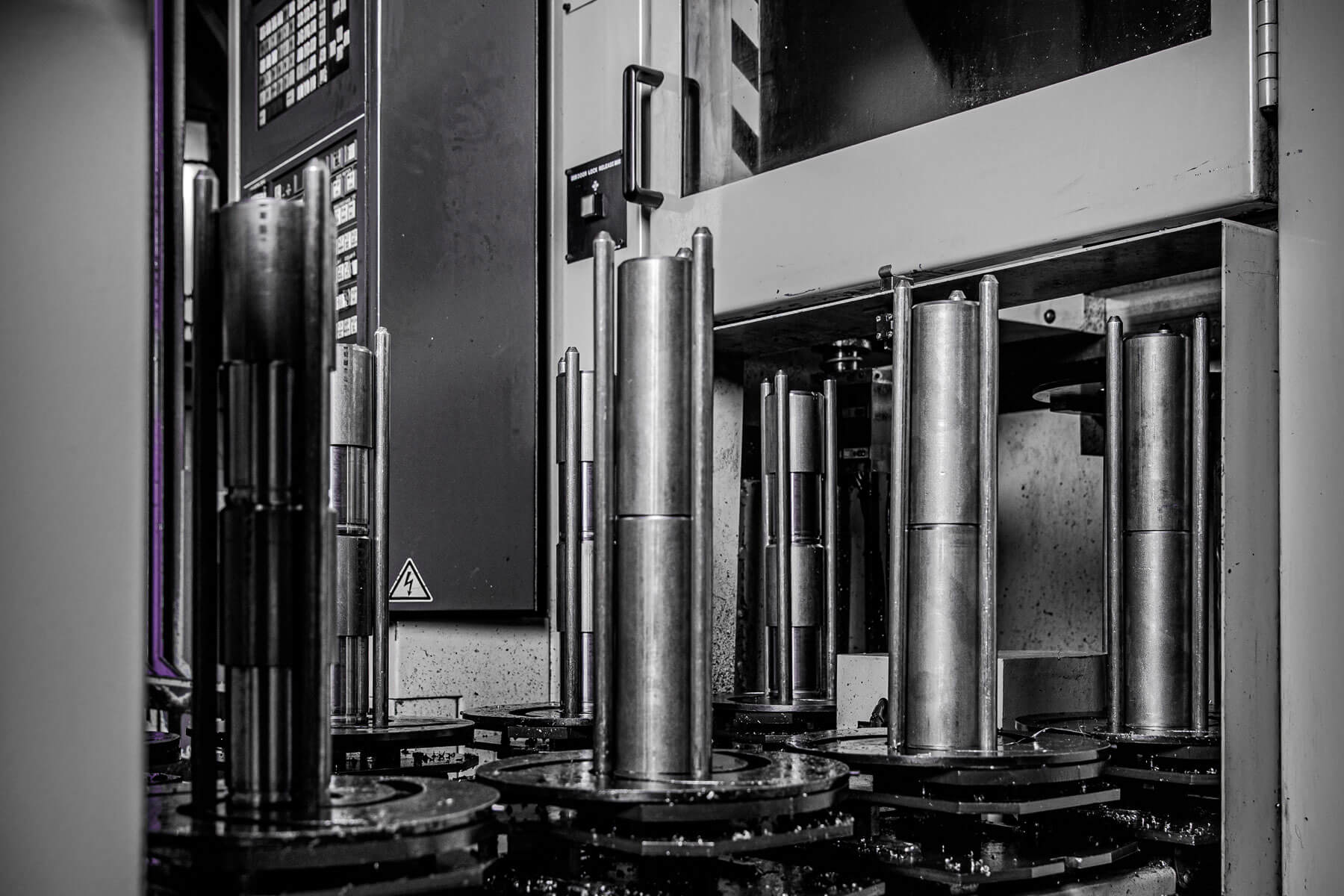Stiel metaalbewerking_Verticaal CNC draaien