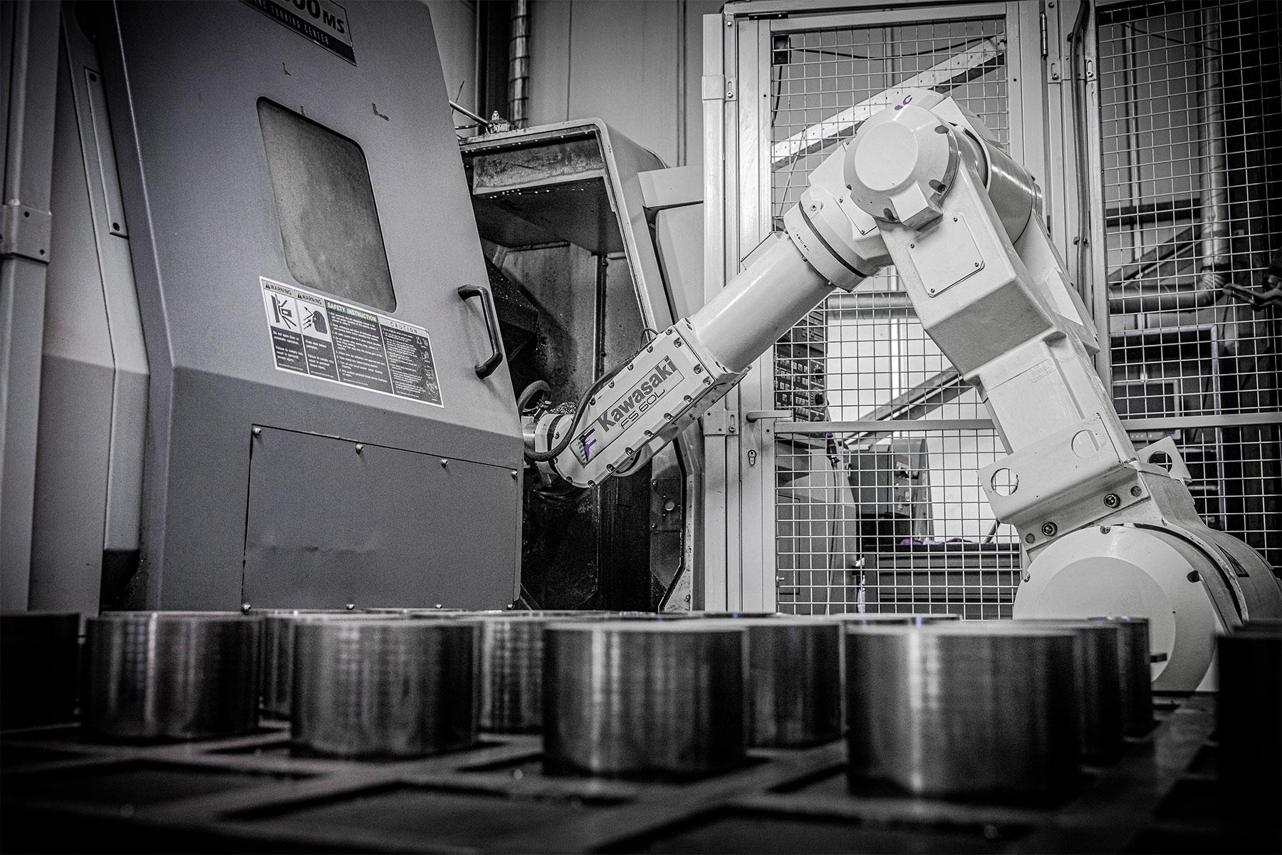Stiel metaalbewerking_Robot Automatische belading